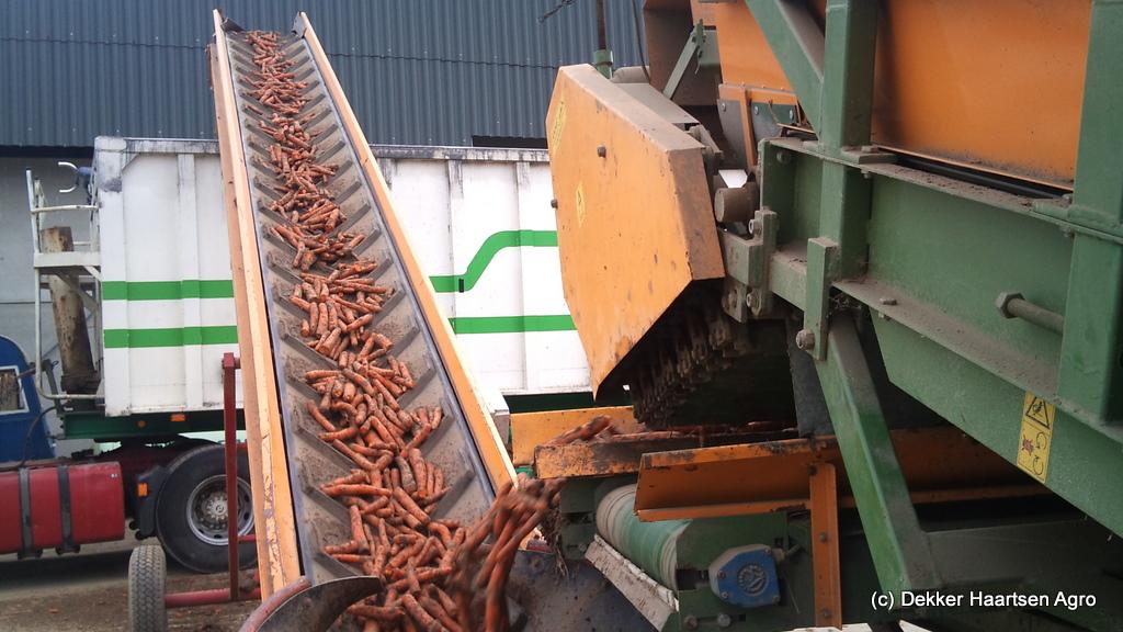 wortel laden vrachtauto