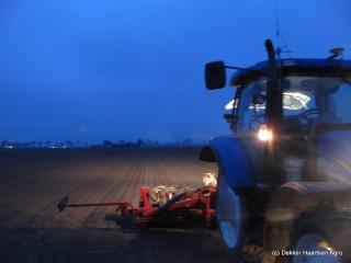 's nachts uien zaaien dankzij RTK-GPS